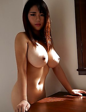 Sexy asian babes shows huge tits